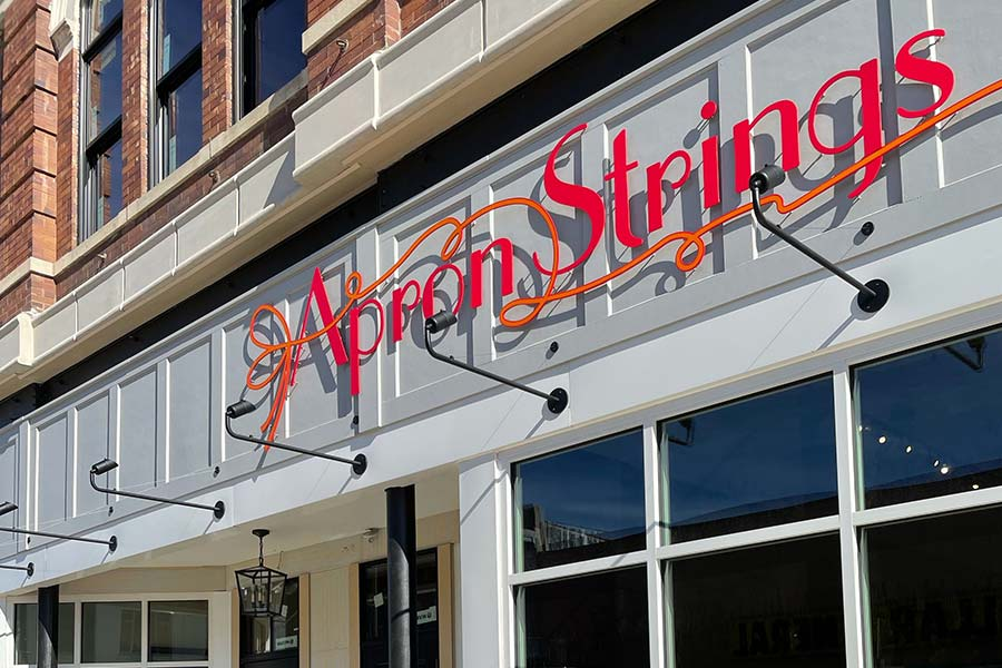 Apron Strings in Salina, Kansas